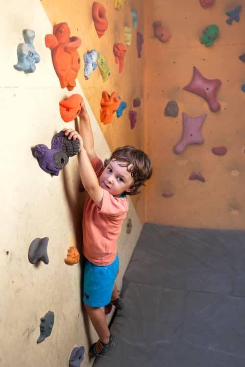 Klettern Kinder Bouldern