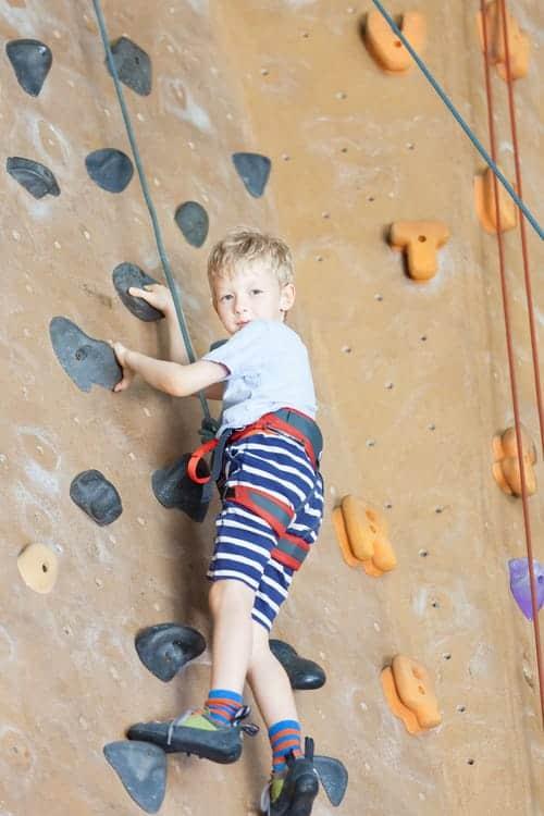 Klettern Kinder Kletterhalle
